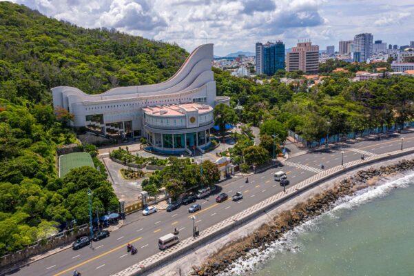 Toàn cảnh Bảo tàng tỉnh Bà Rịa - Vũng Tàu nhìn từ trên cao