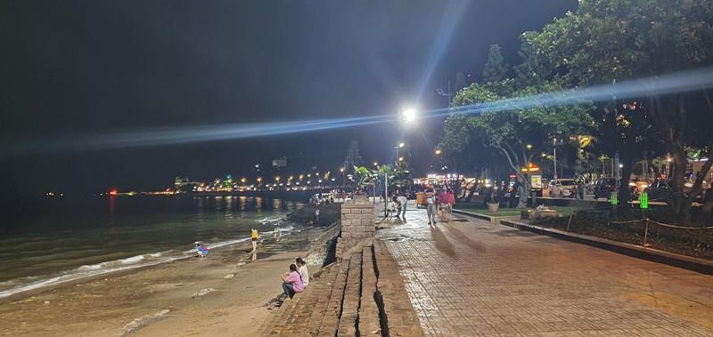 Dạo biển Vũng Tàu về đêm