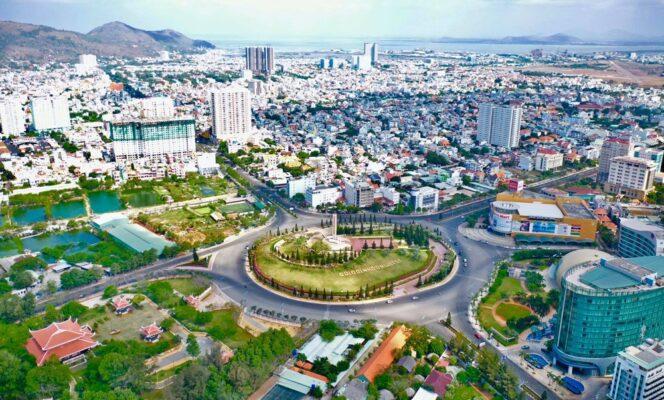 Vòng xoay Đài liệt sĩ Vũng Tàu là vòng xoay lớn nhất Đông Nam Á