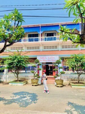 Nhà Lớn Long Sơn là điểm tham quan không thể bỏ qua khi đến Đảo Long Sơn Vũng Tàu