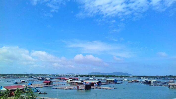 Một làng bè thuộc xã đảo Long Sơn Vũng Tàu